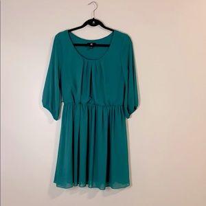 Iz Byer green dress